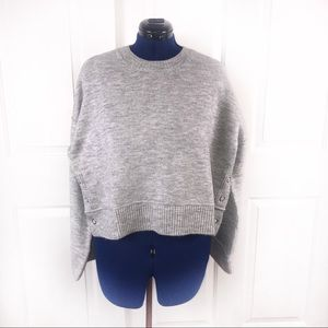 NWT Topshop UK16/US12 grey cropped snap sweater